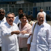 1-raul_castro_y_jimmy_carter_200_200