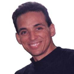 Antonio Guerrero envía un mensaje a los graduados de la Universidad de Matanzas, La Joven Cuba sirve de intermediaria.