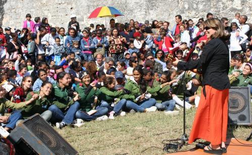 El derecho a una infancia feliz Concierto-de-liuba-maria-a-nic3b1os-en-el-patop-del-morro