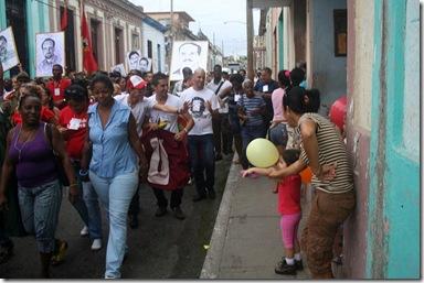 Jovenes_matanzas_desfile