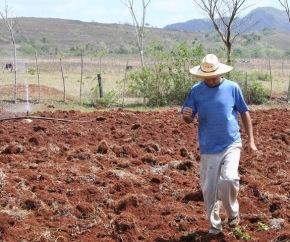 agricultura_campesino_cubano.jpg