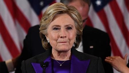 A Hillary Clinton le piden que haga un recuento de votos en algunos estados.